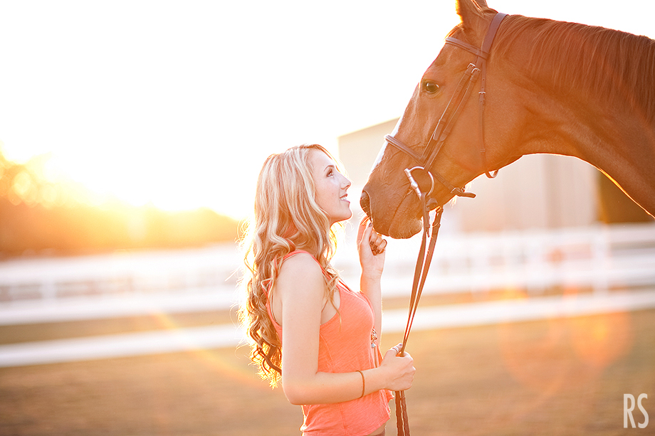 michigan senior photographer, detroit senior photography, equine senior photography, rachel smaller photography, senior pictures with horses, senior pictures at a stable, commerce michigan senior photographer,